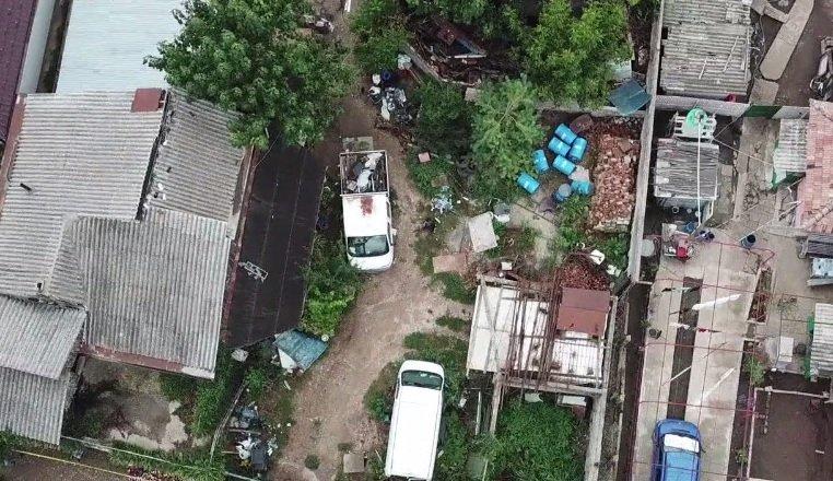 Sinteza zilei. Imagini tulburătoare cu casa criminalului din Caracal filmate cu drona