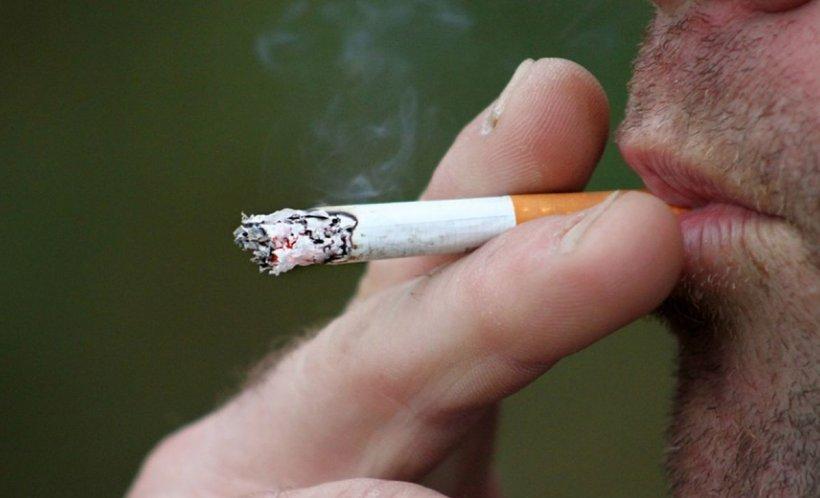 Veste proastă pentru milioane de români. Se scumpesc țigările!