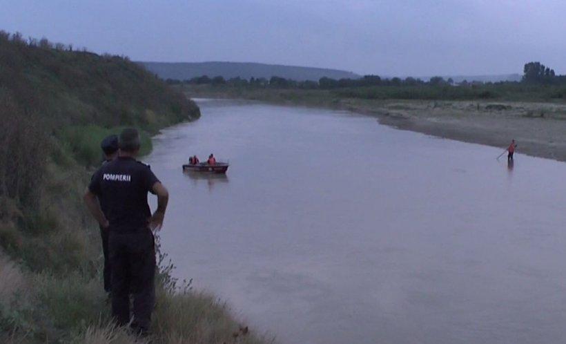 Tragedie în Neamţ. O fetiţă de opt ani a intrat să se scalde în apele Moldovei şi nu a mai ieşit!