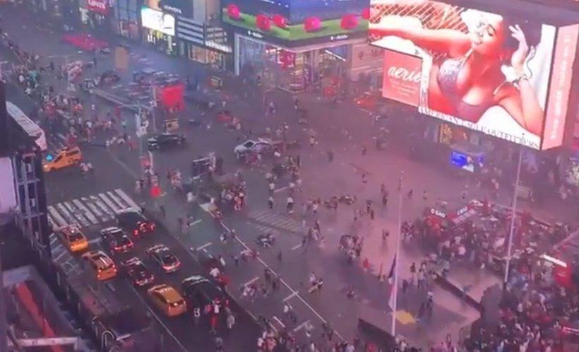 """Momente de panică în centrul New York-ului, după ce motorul unei motociclete a dat rateu. """"A fost haos. Toată lumea fugea, din toate părțile"""" - VIDEO"""
