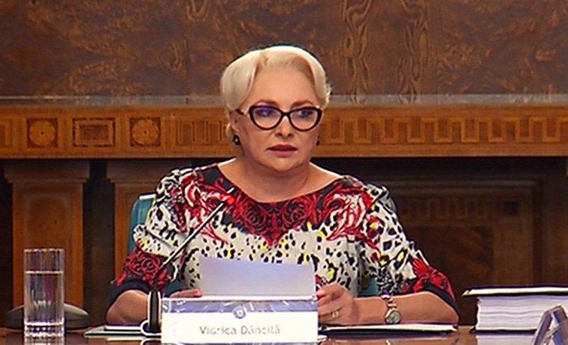 """Viorica Dăncilă: """"Este o rectificare pozitivă prin care asigurăm plata majorată a salariilor şi pensiilor"""""""