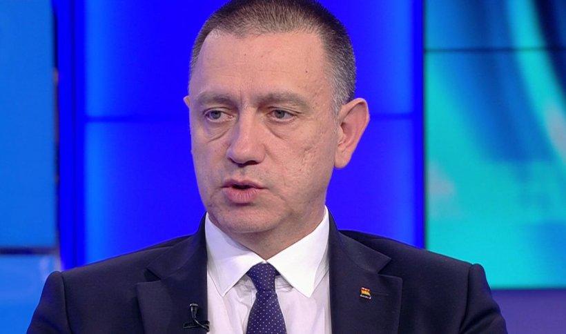 """Mihai Fifor: """"Mulțumesc tuturor cetăţenilor care astăzi au participat la proteste într-un mod atât de civilizat şi de paşnic"""""""