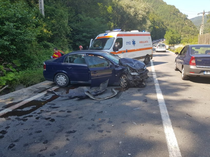 Toate persoanele rănite în accidentul de pe DN 7 au fost externate din spital