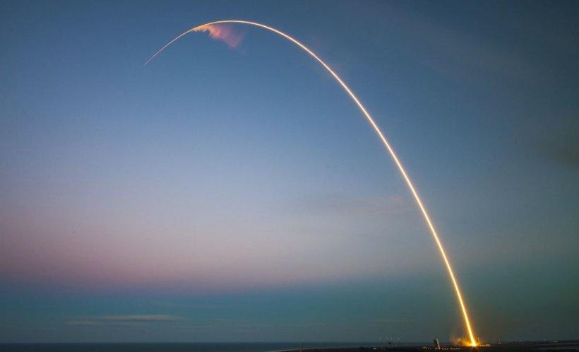Armata americană a testat o rachetă de croazieră cu rază medie de acţiune