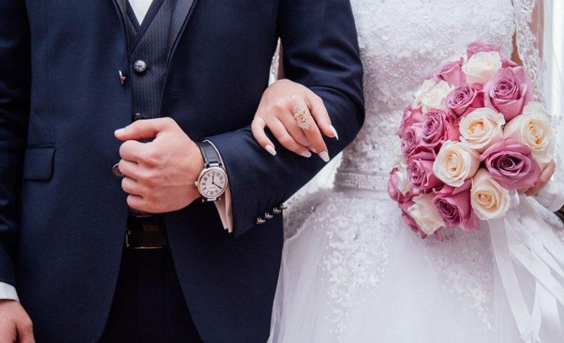 Gestul penibil făcut de o soacră, imediat după nunta fiului ei. Nora a crezut ca nu vede bine. Ce cadou i-a trimis prin poștă