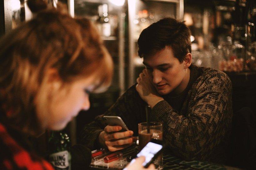 I se făcuse poftă de amor, după ce s-a cinstit la bar, iar atunci când i s-a promis o partidă în trei, bărbatul din Prahova a crezut că va avea parte de cea mai tare seară a vieții sale. Doar că momentele de fericire s-au încheiat brusc