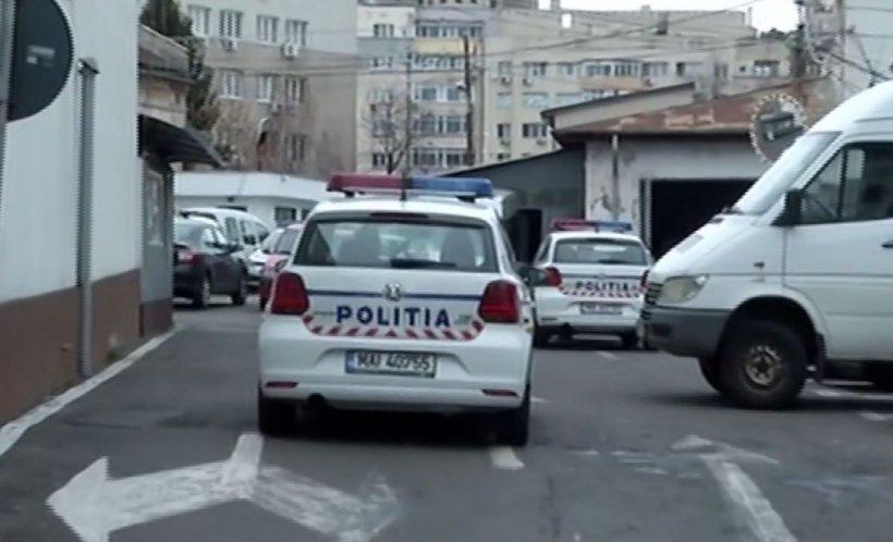 Scandal între interlopi în plină stradă. Oameni loviți cu mașina; Șase persoane rănite grav