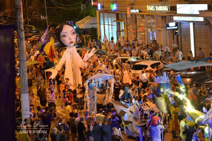 Craiova devine pentru opt zile scena internațională a artei animației - Puppets Occupy Street, ediția a VI-a. VIDEO