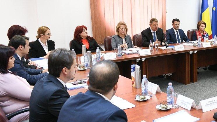 Trei judecători din CSM se delimitează de riposta instituției la adresa lui Klaus Iohannis
