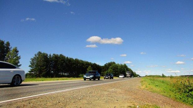 O tânără din Sălaj se afla pe drumul național în mașina sa când a văzut ceva năucitor. A luat telefonul imediat și a sunat la 112