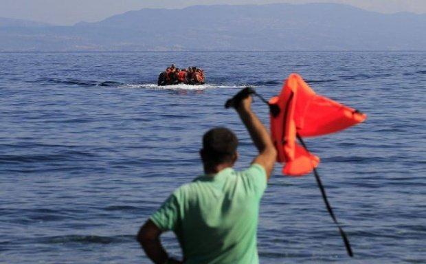 Protest al refugiaţilor pe insula Lesbos. Poliţia elenă a folosit gaze lacrimogene