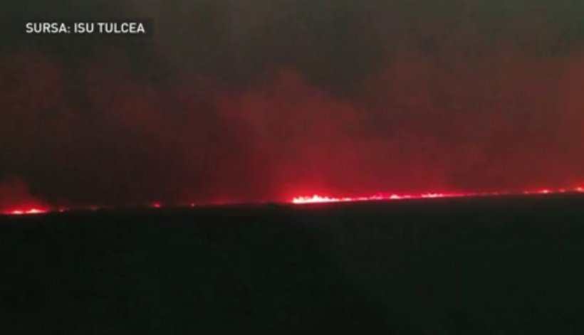 Incendiu de proporții în Delta Dunării
