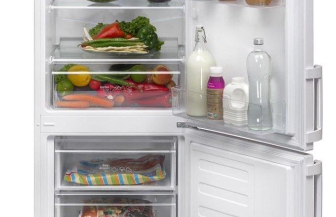 eMAG reduceri. 3 combine frigorifice de top sub 1.000 de lei