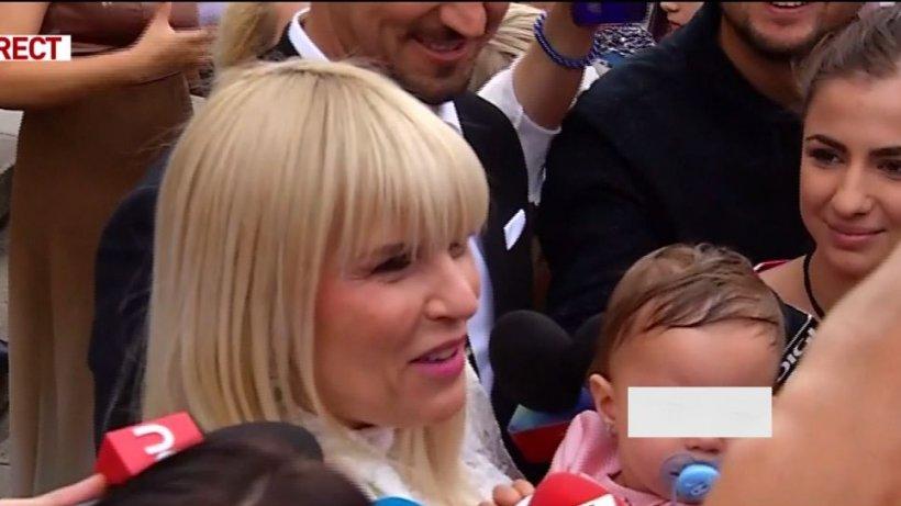 Elena Udrea are planuri mari cu fetiţa ei: ''Poate reuşeşte ea unde am pierdut eu ocazia acum cinci ani!''