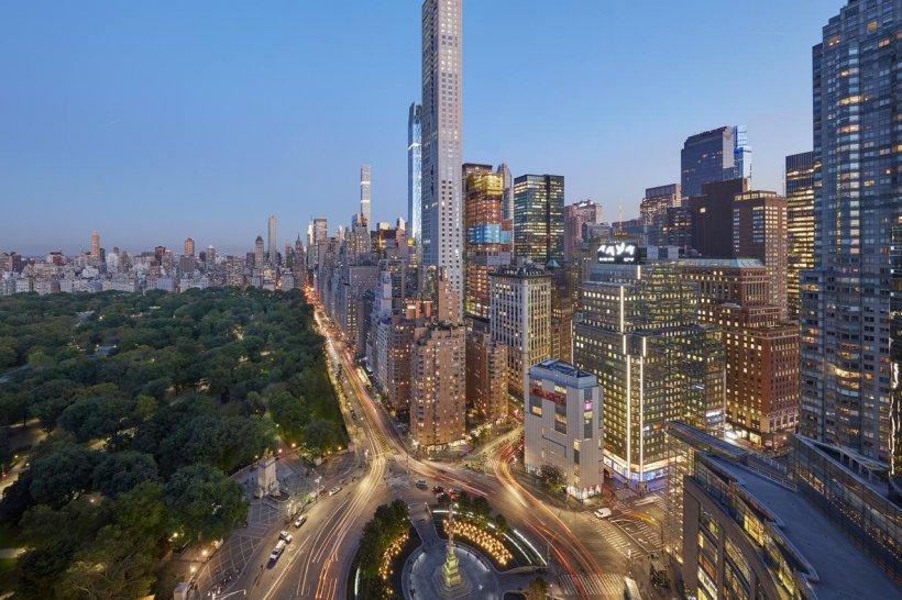 Cum arată și cât costă o noapte în hotelul din New York în care este cazat Klaus Iohannis (FOTO)