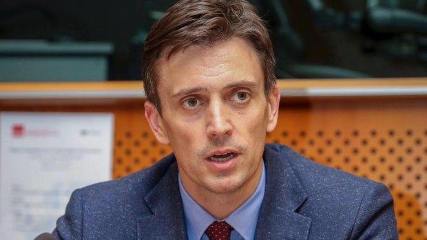 Cătălin Ivan, candidatul ADN la prezidențiale, a depus plângere penală împotriva membrilor BEC