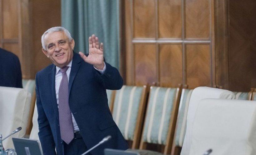 Petre Daea a strârnit hohote de râs pe holul Parlamentului. Ce a spus despre cei care au trădat partidul