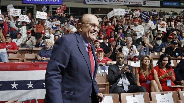 """Rudy Giuliani lansează un nou avertisment privind afacerile ilegale ale lui Joe Biden: """"Vreau să fiţi atenţi la România, urmăriţi România"""""""