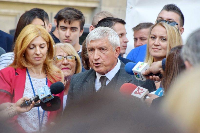 SONDAJ. Ce șanse credeți că are Mircea Diaconu să intre în turul doi al alegerilor prezidențiale?