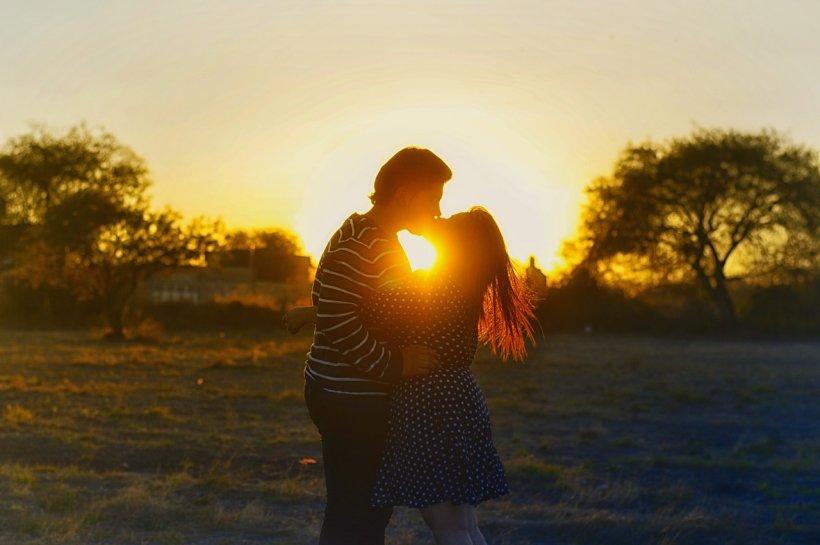 HOROSCOPUL săptămânii 21 - 27 octombrie: Zodiile care au cea mai bună săptămână - RACII sunt îndrăgostiți