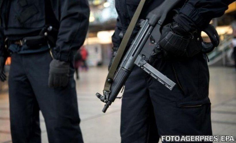 Incident şocant în Oslo! Un bărbat înarmat a furat o ambulanţă şi a intrat în trecătorii aflaţi pe stradă