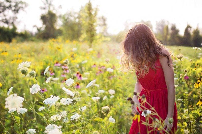 """Alexandra are 13 ani și a fugit de mai multe ori de acasă, crezând că și-a întâlnit marea dragoste. De curând, adevărul crunt a ieșit la iveală: """"Am chemat preotul, am chemat și preoteasa! Nu este batjocură"""""""