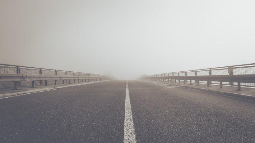 Avertizare meteo! Cod galben de ceață în mai multe județe din țară