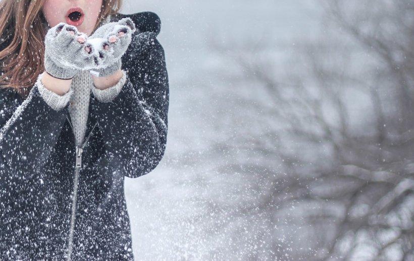 Ninge în România în această seară