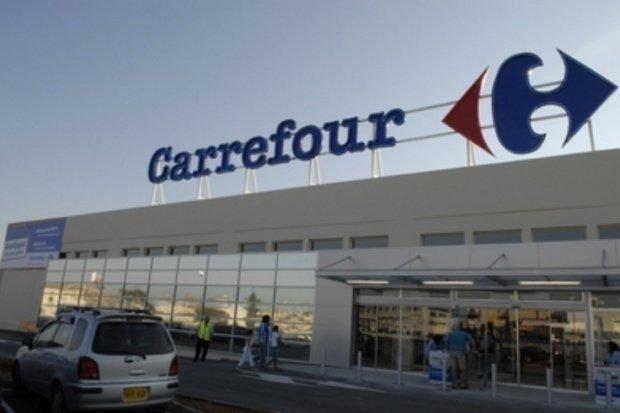 Reacția Carrefour după ce două supermarketuri au fost închise din cauza unor nereguli