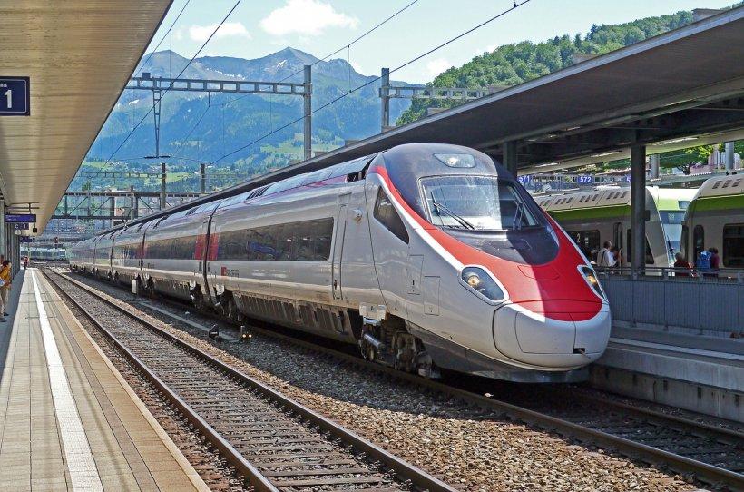 Isprava unui român a dat peste cap mersul trenurilor, la Milano. De la ce a plecat totul