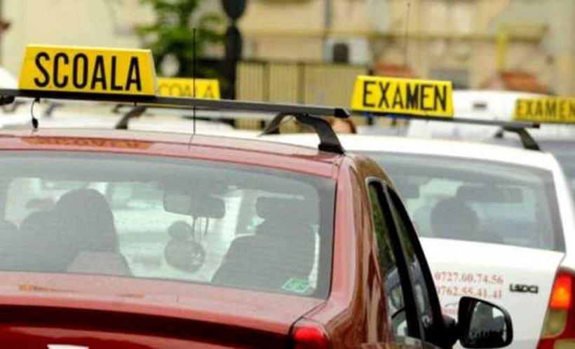 Veste bună pentru viitorii șoferi! Poți să obții permisul și fără să ai un polițist în dreapta la proba practică!