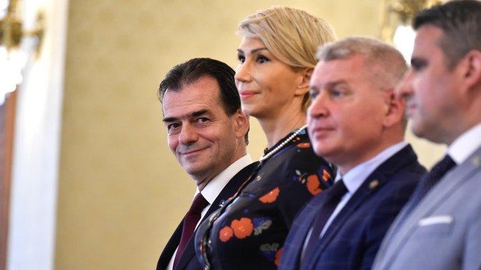 Surpriză uriașă. Cine votează guvernul Orban