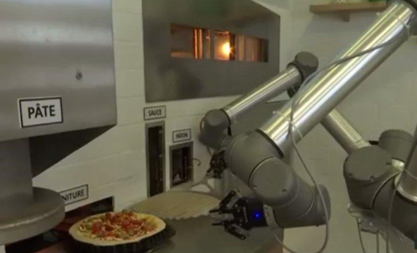 24 IT. Cum vom lucra împreună cu roboții