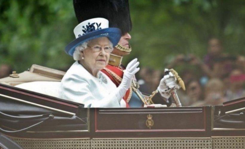 Regina Elisabeta a II-a a Marii Britanii a renunțat la blănurile naturale