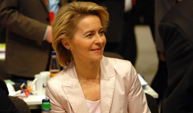 """Ursula von der Leyen, reacție după ce Macron a zis că NATO e """"în moarte cerebrală"""""""