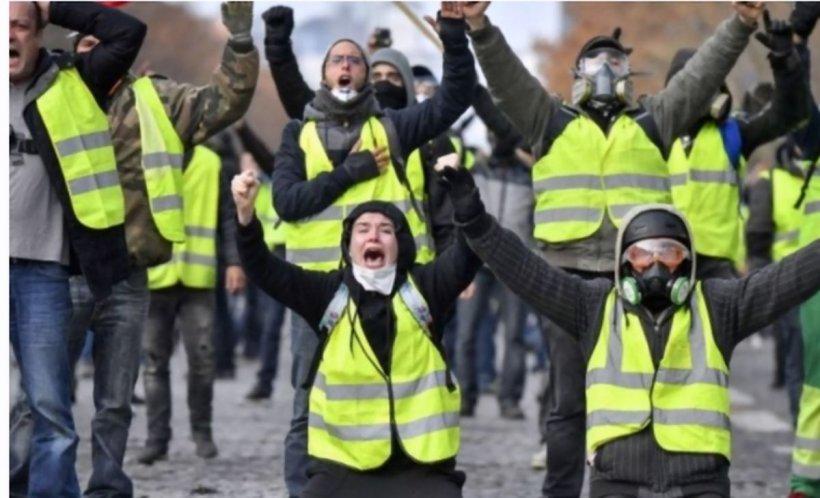 Au fost noi PROTESTE violente la Paris. Cel puţin 120 de persoane au fost reținute