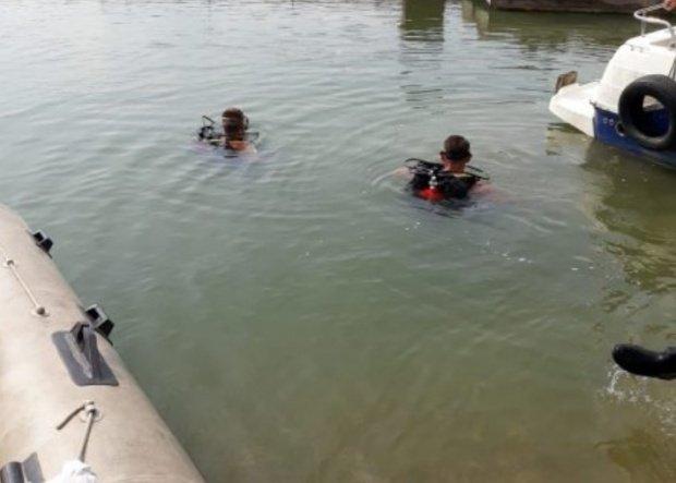 Descoperire macabră în Râul Olt. Ce au scos polițiștii la suprafață