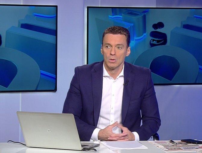 Mircea Badea: Iohannis este dependent nu numai de confort, ci și de onoruri și fandoseli protocolare