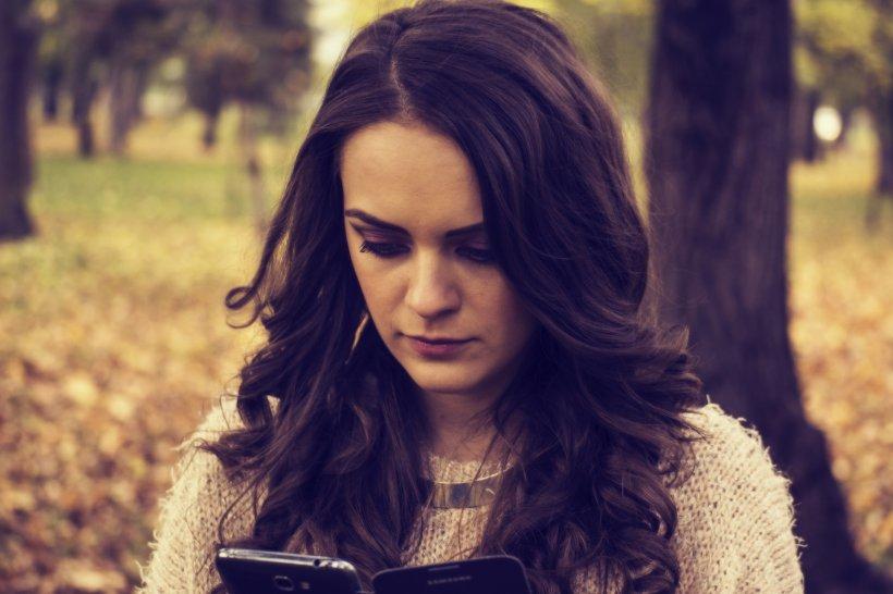 Eleva din Bacău a primit într-o zi un mesaj ciudat pe o rețea de socializare. A decis să răspundă. A fost momentul când pentru ea avea să înceapă coșmarul