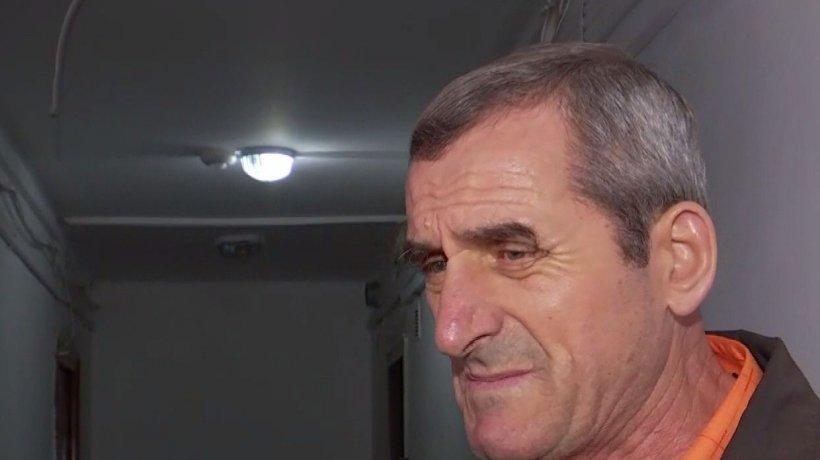 Povestea pensionarului uitat în blocul contaminat din Timișoara. Jurnaliștii Antena 3 au aflat tot