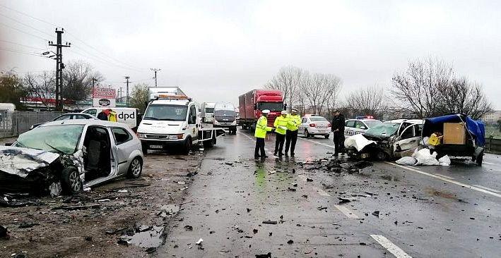 Accident cumplit în Focșani: O persoană a murit, alte cinci sunt rănite