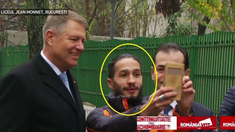 Incredibil! Cine este tânărul care i-a cerut lui Klaus Iohannis să facă un selfie cu el