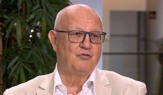 """Ioan Mircea Pașcu, ironic în ziua alegerilor: """"Aflu cu tristețe că în Coreea de Nord nu s-ar fi prezentat nimeni la vot!?"""""""