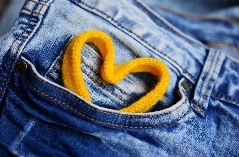 Blugii nu ar trebui spălați niciodată! Iată ce-ți recomandă o celebră firmă de jeans