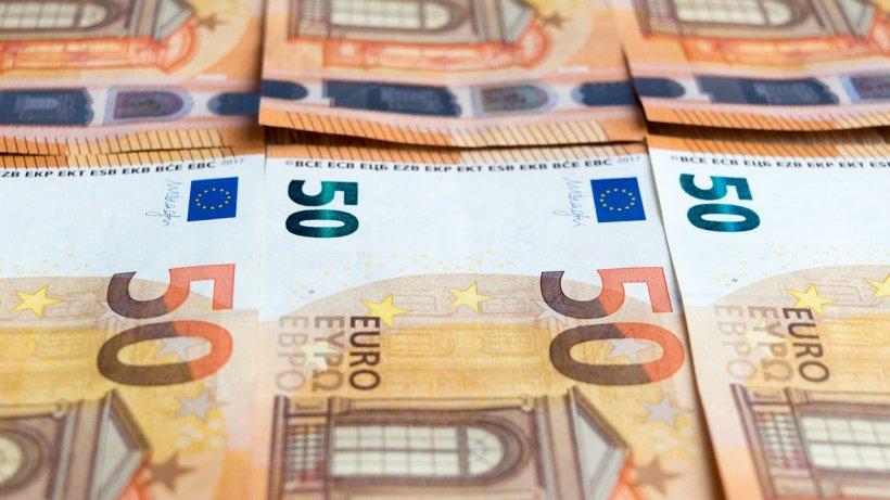 CURS VALUTAR 26 noiembrie 2019. Euro a crescut spre 4,78 lei