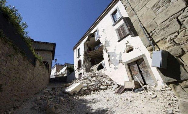 CUTREMUR în Albania. Cel puţin 24 de oameni au murit şi peste 650 sunt răniţi