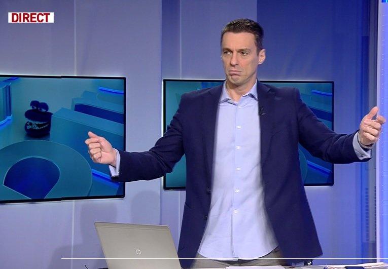 Mircea Badea, show de zile mari: Aceasta este o manea, nu?