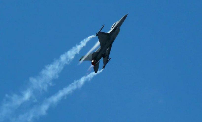 MApN anunţă că România va achiziţiona cinci noi avioane F-16A