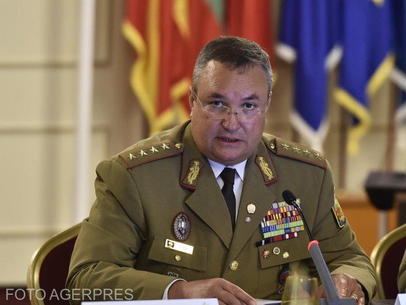 ZIUA ROMÂNIEI. Ministrul Apărării Naţionale, Nicolae Ciucă: Preţuim Ziua Naţională ca pe un simbol sfânt