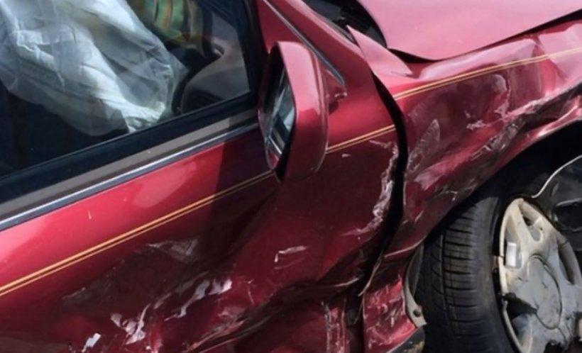 Accident teribil în Vaslui. Șase autoturisme au fost implicate